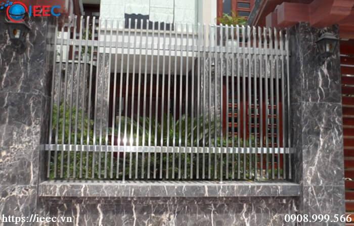 Mẫu hàng rào inox đẹp 2020