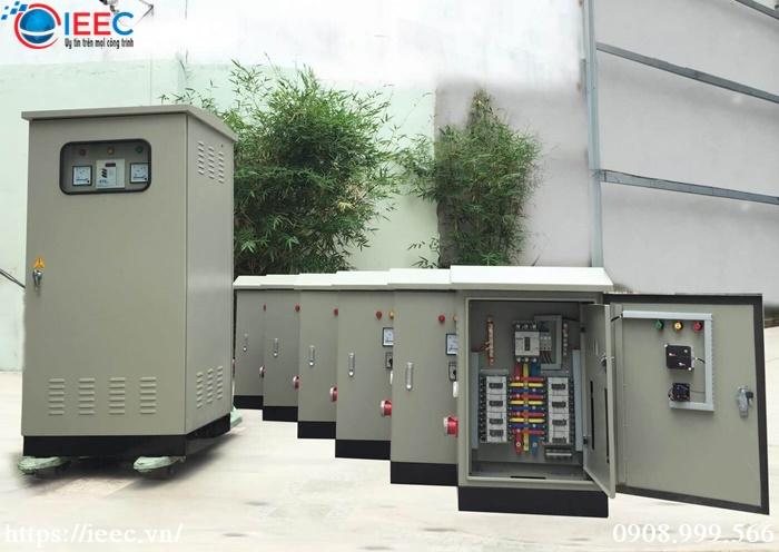 Vỏ tủ điện ngoài trời là gì?