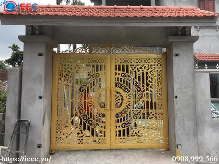 Mẫu cổng sắt CNC nhà xây mới