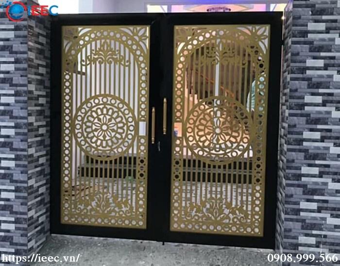 IEEC nhận cắt cổng cửa hoa văn inox tại Hà Nội