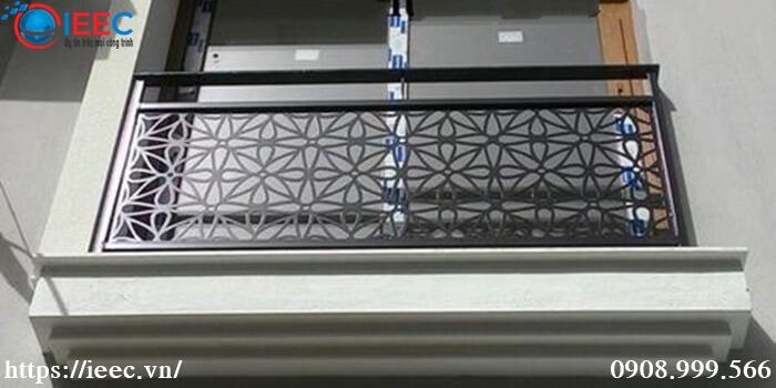 cắt laser thép tấm