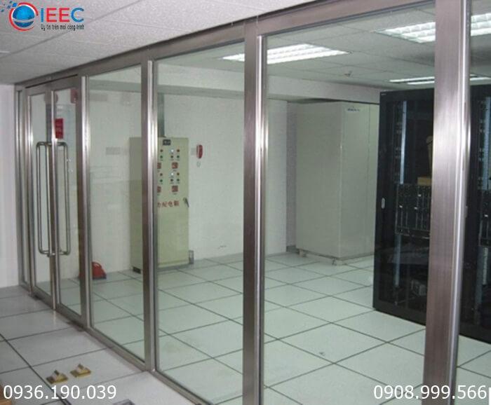Vách kính khung Inox IEEC Việt Nam