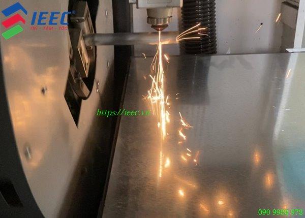 Cat Laser Ong Inox Trang Tri 3